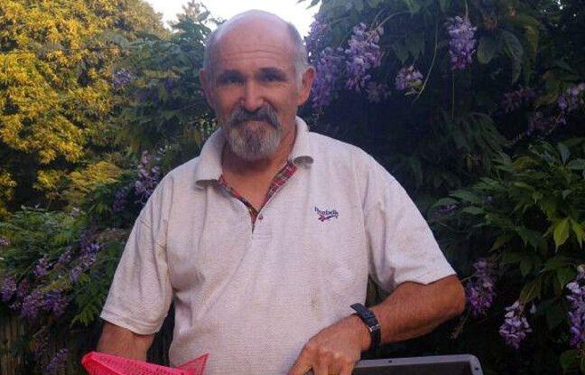 Denis Jaffré est apiculteur dans le Finistère. Il a mis au point un piège à frelons asiatiques primé au concours Lépine.
