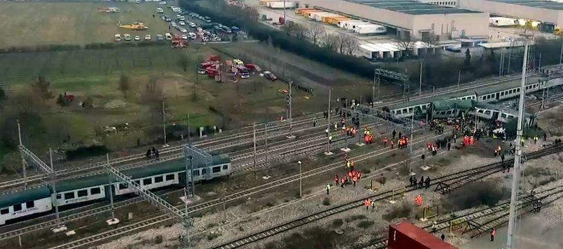 Un train de la compagnie Trenord ayant déraillé en janvier 2018.