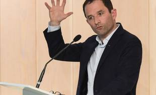 Benoît Hamon lors d'une réunion publique, le 29 mars 2018.