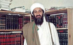 Oussama ben Laden, en avril 1998, en Afghanistan.