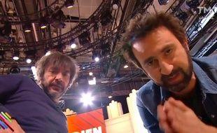 Thomas VDB et Mathieu Madénian, sur le plateau de «Quotidien» (TMC), le 15 mars 2017.