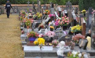Une quarantaine de tombes chrétiennes profanées dans un cimetière de Meurthe-et-Moselle le 3 août.