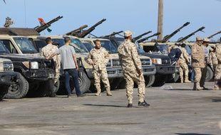 Les forces loyalistes de Tripoli.