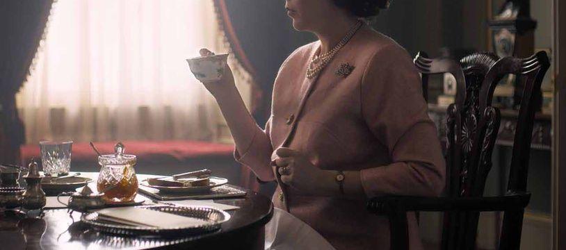 Olivia Colman en reine Elisabeth II dans la saison 3 de la série «The Crown».
