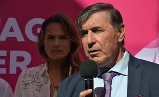 Le professeur Marc Ychou et la comédienne Mélanie Maudran, marraine de l'opération Octobre Rose