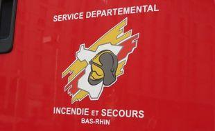 Les pompiers du Bas-Rhin ont secouru un homme de 40 ans grièvement blessé à Uhrwiller après une chute de 5 m d'un toit.
