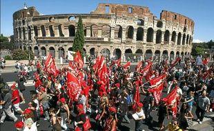 Les Romains se sont mobilisé contre le plan d'austérité, hier.