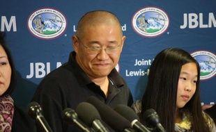 L'ancien prisonnier américain en Corée du Nord Kenneth Bae lors d'une conférence de presse à son arrivée dans l'Etat de Washington le 8 novembre 2014