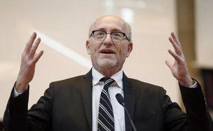 L'avocat Alain Jakubowizc, qui a déjà présidé pendant trois ans la Ligue internationale contre le racisme et l'antisémitisme (Licra), a été reconduit dimanche à la tête de l'organisation, a annoncé la Licra dans un communiqué.
