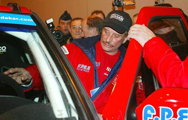 Johnny Halliday aux vérifications à Arras en décembre 2001.