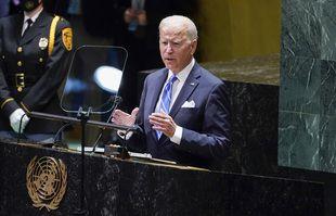 Le président Joe Biden prononce une allocution à la 76e session de l'Assemblée générale des Nations Unies, le mardi 21 septembre 2021, à New York.
