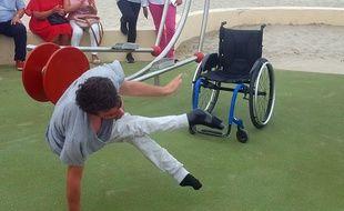 Danseur de hip-hop en fauteuil roulant, Nathan Waye avait bluffé le jury de