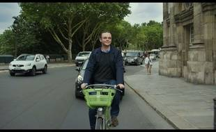Eric Berger dans «Tanguy, le retour» de Etienne Chatiliez