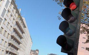 Un automobiliste alcoolisé s'est endormi au feu rouge à Périgueux. (Illustration)