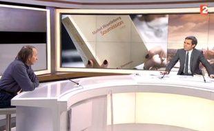 Michel Houellebecq face à David Pujadas le 6 janvier 2015 sur France 2