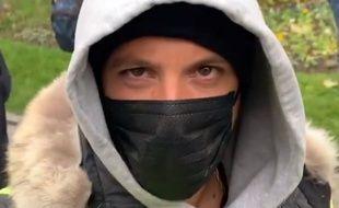 Le rappeur Nekfeu à la manifestation parisienne des «Gilets jaunes», le 16 novembre 2019