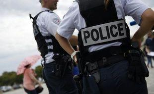 Sept personnes, dont deux policiers, ont été légèrement blessées par des tirs de carabine à plomb dans une fête foraine à Clermont-Ferrand, lors d'une bagarre entre des forains et plusieurs dizaines de jeunes
