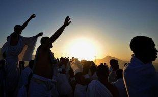 Plus de deux millions de musulmans ont commencé samedi à se rassembler sur le Mont Arafat, moment fort du pèlerinage annuel de La Mecque.