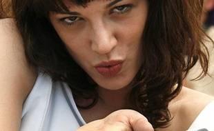 Asia Argento est à Cannes 2007 pour «Une vieille maîtresse» et «Boarding Gate».