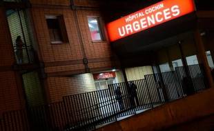 L'entrée des urgences, le 20 février 2014 à l'hôpital Cochin à Paris