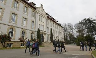 NANTES, le 27/03/2013 Le lycee prive LOQUIDY est dans le top 10 des lycées Nantais