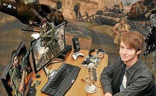 Diablox9, alias Benoît, avec son matériel d'enregistrement.