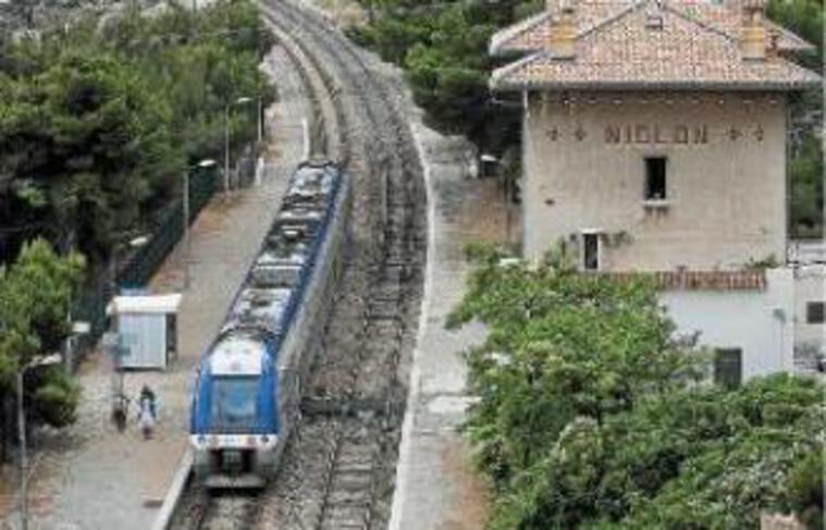 Depuis 2001, 14 accidents ont eu lieu sur la ligne reliant Marseille à Miramas.