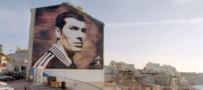 L'affiche de Zidane sur la Corniche, en 1997, place Paul-Ricard