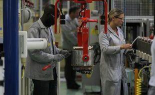 Ouvriers de l'usine Renault de Cléon, le 18 juin 2015