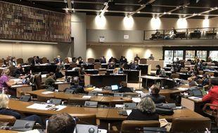 Le conseil municipal s'est tenu ce mardi à l'hôtel de la Métropole pour respecter les gestes barrières.