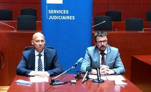 Pascal Gontier, directeur interrégional de la police judiciaire de Rennes et Yvon Ollivier, procureur adjoint de la République de Nantes, samedi 29 août 2020.