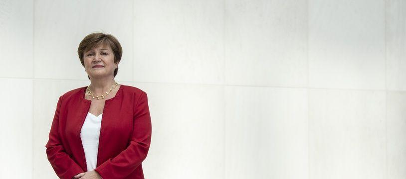 La Bulgare Kristalina Georgieva prend les rênes du FMI dans une économie mondiale fragilisée.
