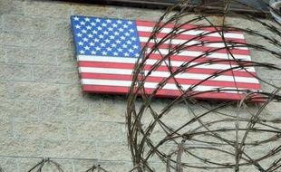 La drapeau américain flotte sur la base navale de Guantanamo, le 7 août 2013