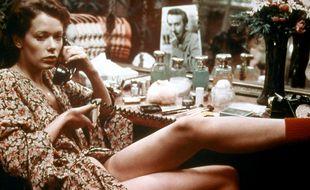 Sylvia Kristel dans le rôle-titre du film Emmanuelle.