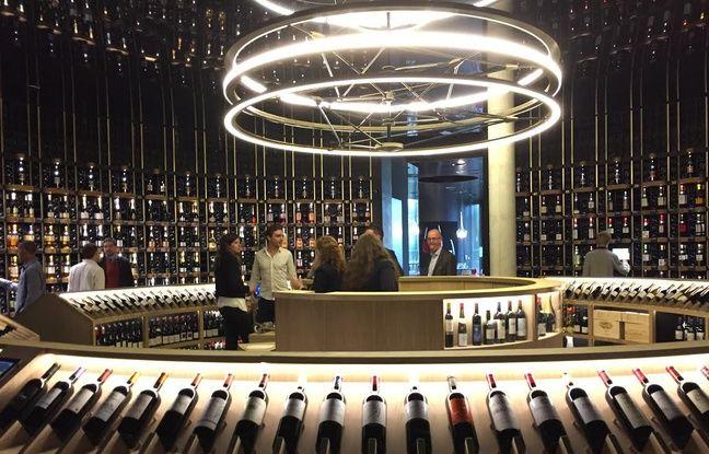 La cave avec 14 000 bouteilles