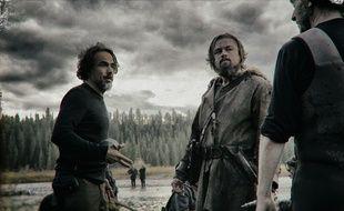 Alejandro González Iñárritu et Leonardo DiCaprio sur le tournage deThe Revenant