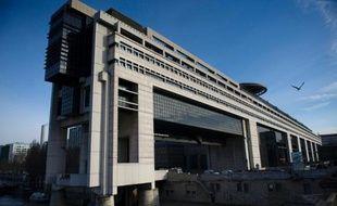Le solde général d'exécution de l'Etat français au 30 septembre était négatif de 80,8 milliards d'euros, en amélioration de quelque 4 milliards d'euros par rapport à fin septembre 2012, a annoncé vendredi le ministère de l'Economie.