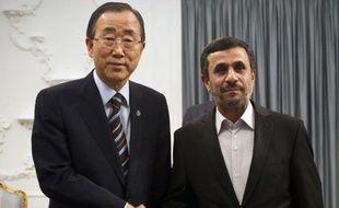 """Le secrétaire général de l'ONU Ban Ki-moon a demandé mercredi aux dirigeants iraniens de prendre rapidement des """"mesures concrètes"""" pour soulager les inquiétudes internationales sur leur programme nucléaire et de contribuer à une résolution pacifique de la crise syrienne."""