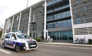 Le commissariat Waledeck-Rousseau à Nantes.
