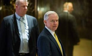 Le sénateur de l'Alabama Jeff Sessions
