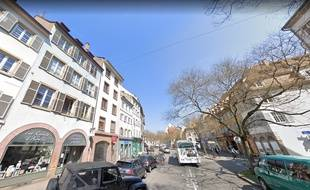 Rue des Bouchers à Strasbourg. Capture d'écran Google Street View.