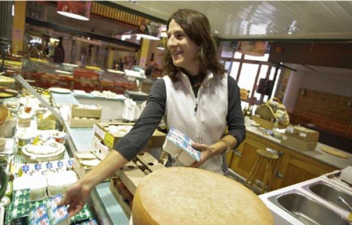 Les commerçants de la Halle de la Martinière, comme Sophie Martinez, aimeraient que de nouveaux artisans s'installent rapidement. –  E. foudrot / 20 Minutes