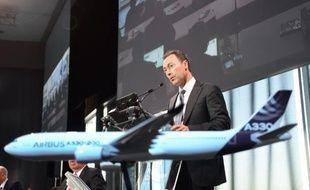 Le PDG d'Airbus, Fabrice Brégier, lors d'une conférence de presse le 13 janvier 2015 au siège de la compagnie aéronautique à Colomiers, près de Toulouse