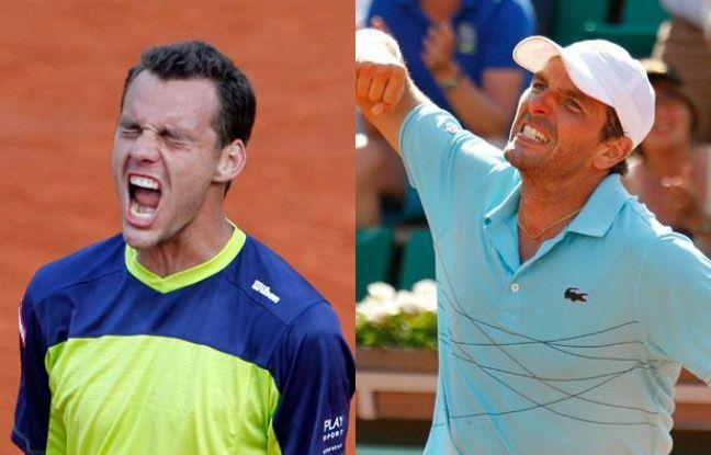 Les joueurs français, Paul-Henri Mathieu (à g.) et Julien Benneteau, lors de Roland-Garros, le 31 mai 2012.