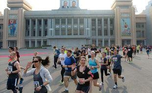 Des participants au marathon de Pyongyang (Corée du Nord), en avril 2014.