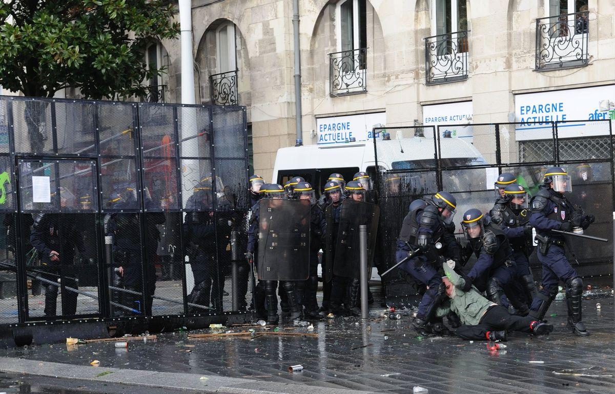 La manifestation du 22 février 2014 avait dégénéré – S. Salom Gomis / SIPA