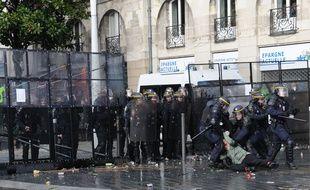 La manifestation du 22 février 2014 avait dégénéré