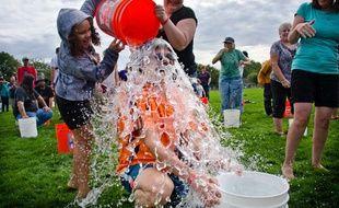 Un Ice Bucket Challenge à Washington le 27 septembre 2014.
