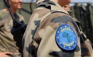 Les autorités soudanaises ont retrouvé mercredi au Darfour un corps, vraisemblablement celui du soldat français de la force européenne au Tchad porté disparu un incident frontalier lundi, a annoncé l'Eufor.