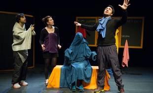 Mathias Glayre, Carine Martin,  Leana Durney, et Davide Autieri sur scène.
